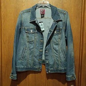 Cropped Jean Jacket - Size 18/20